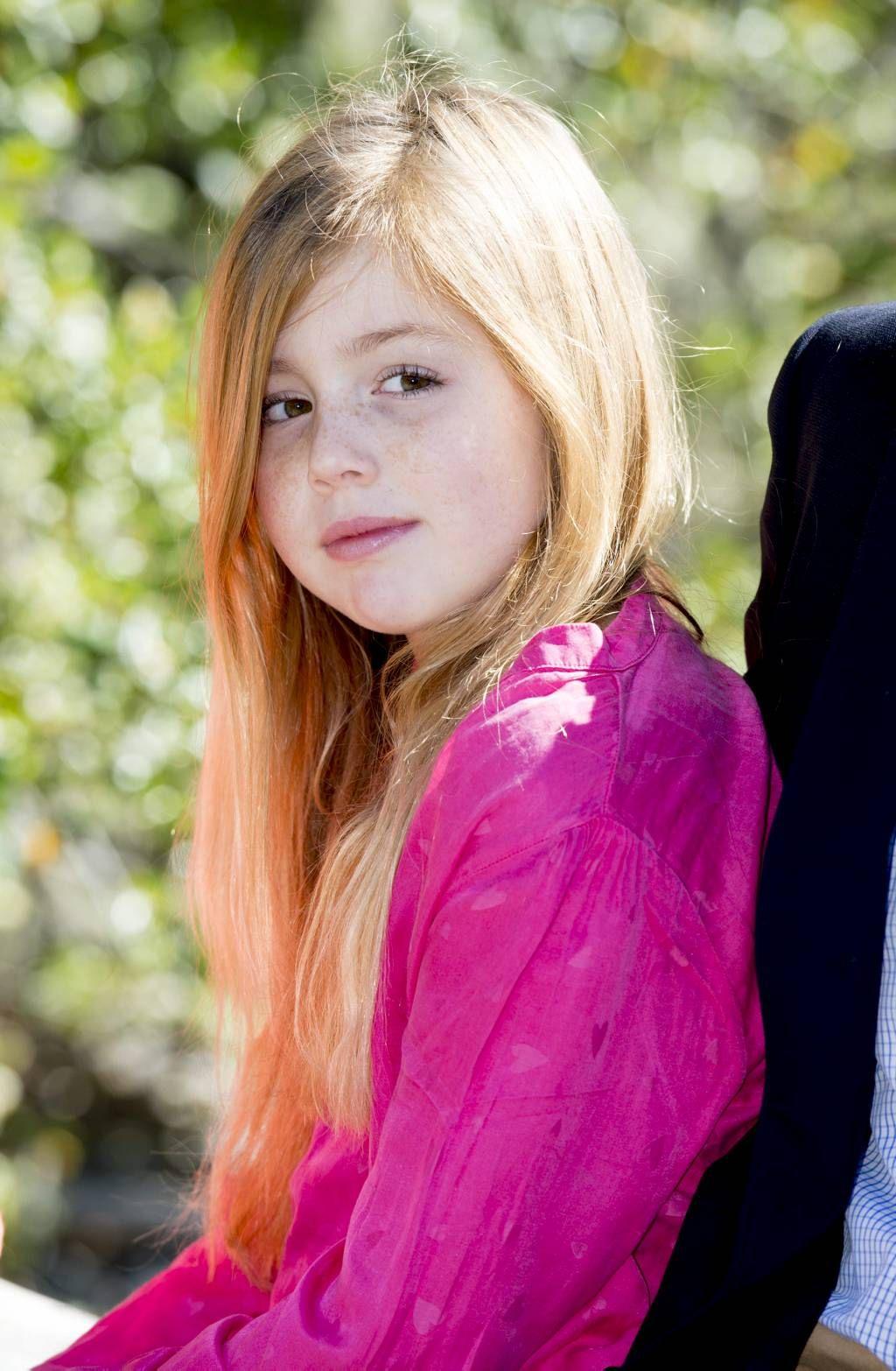 Prinses Alexia viert tiende verjaardag (fotoserie) - Prinses Alexia is vrijdag jarig. De tweede dochter van de koning en koningin wordt tien jaar. beeld ANP