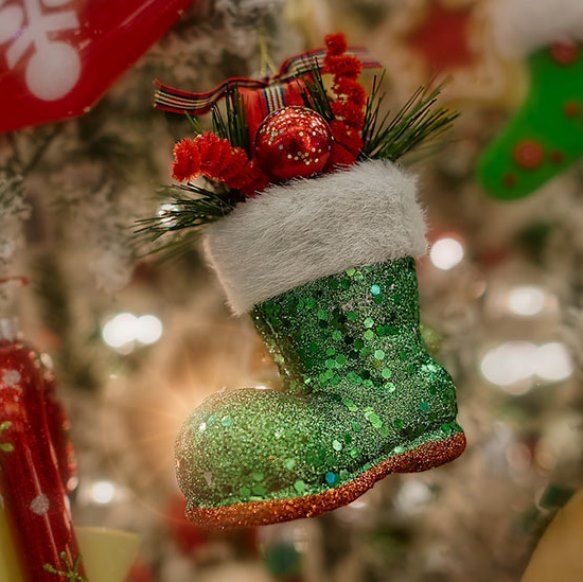Top 40 Decoration Ideas With Santa Boots Christmas Celebration All About Christmas Christmas Decorations Christmas All Things Christmas