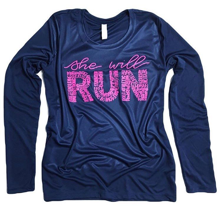 Long sleeve athletic running shirt for women running