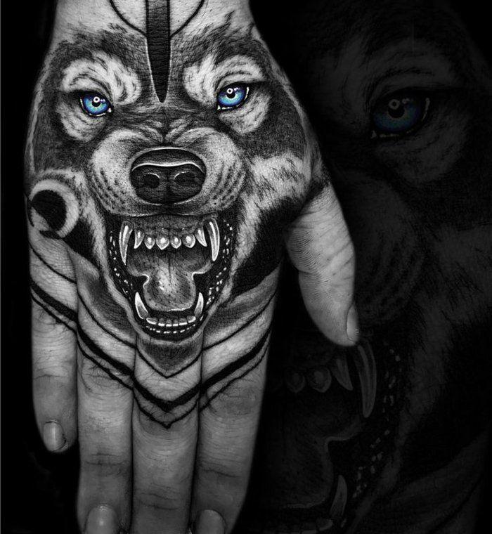 1001 Ideen Fur Einen Tollen Wolf Tattoo Die Ihnen Sehr Gut Gefallen Konnten Die Einen Fur Gefallen Gut Hand Tattoos Wolf Tattoo Design Wolf Tattoo