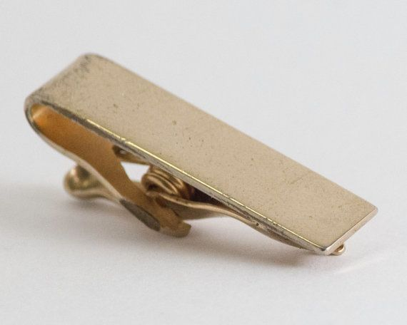 Vintage Tie Clip Medium Reflective Gold Toned Tie by CuffsandClips
