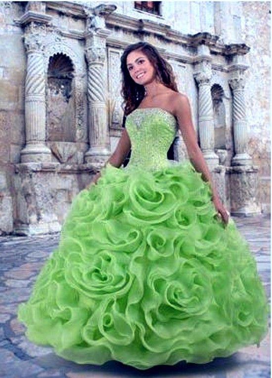 b9d0ef671d zöld menyasszonyi ruha - Google keresés | Zöld- green | Ruhák ...