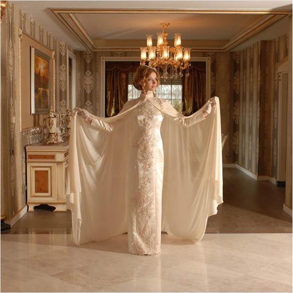 Pelerinli Beyaz Sunnet Annesi Kiyafeti Kiyafet Elbise Yastiklar