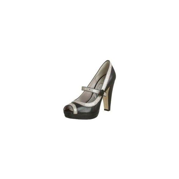 Rosalie Hale's Shoes - Vince Camuto