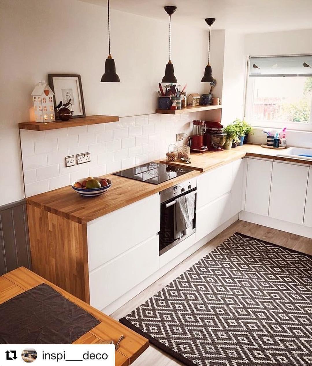 Kuchnia Bez Gornych Szafek Modern Kitchen Interiors Minimalist Kitchen Kitchen Design