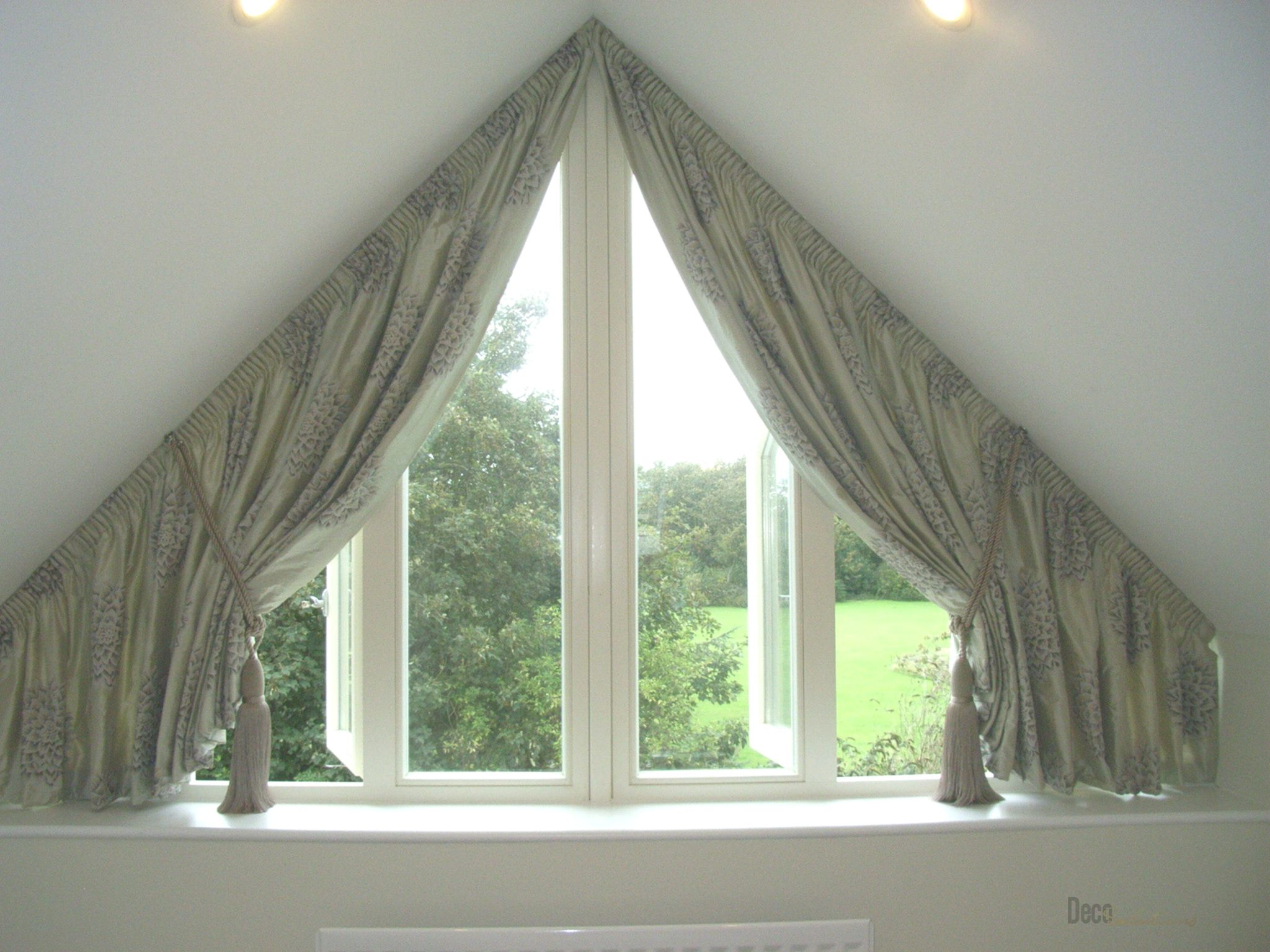 Window Curtains For Attic Rooms 20 Modern Ideas Curtains With Blinds Triangle Window Curtains