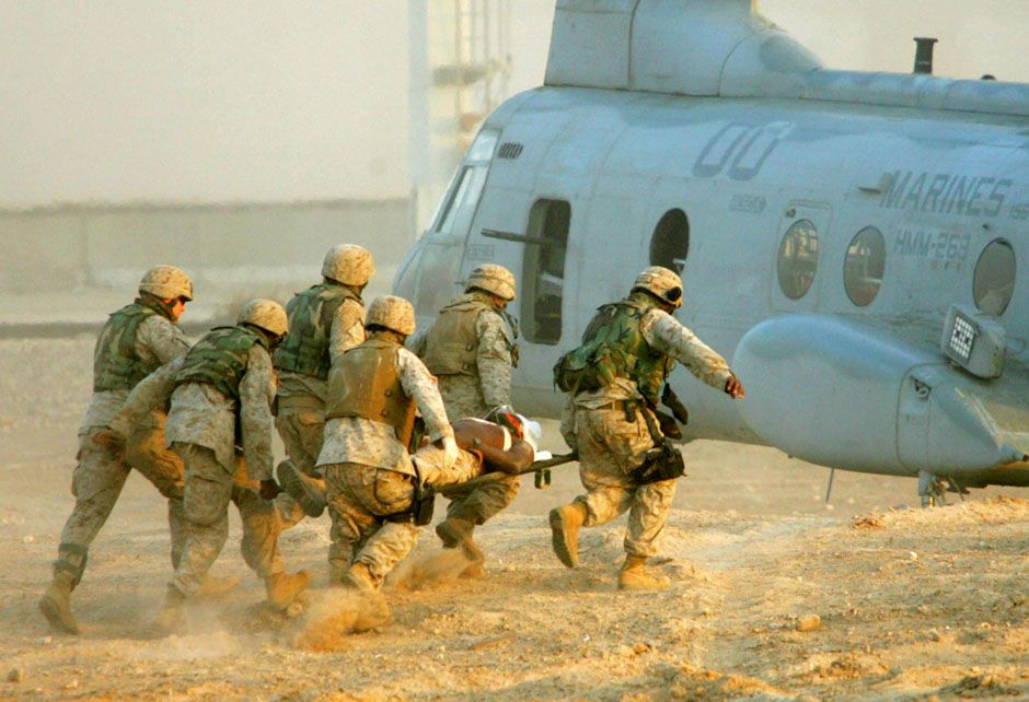 35 Remarkable Photos From The Iraq War And The Stories Behind