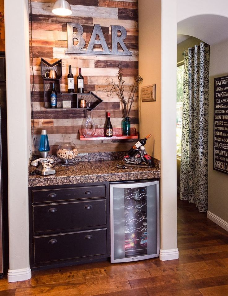 Mini Bar Designs You Should Try For Your Home Basement Bars - Home-bar-decorating-ideas