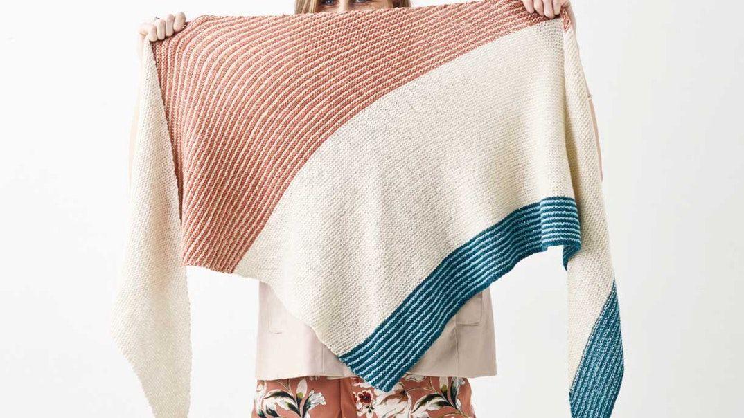 Strik et fint sjal med striber | Femina #strikkedesjaler