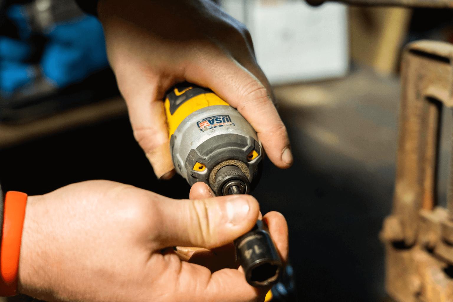 Husky 7 Piece Dual Direction Extraction Socket Set Review In 2020 Socket Set Home Repair Metal Working