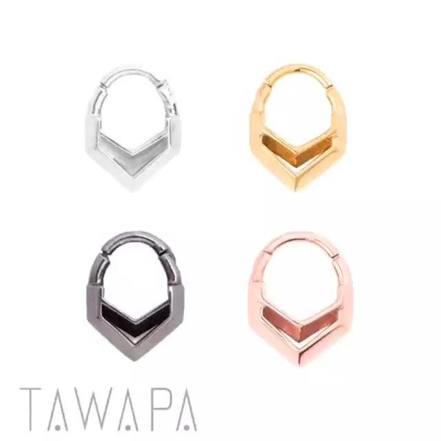 Our New 2017 Hollow Chevron Septum Clickers Are A New Fave Ask
