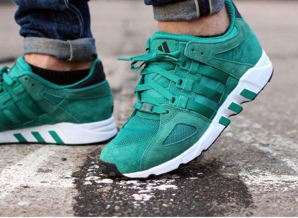 Adidas Equipment Running Guidance 93 Sub Green aux pieds (2