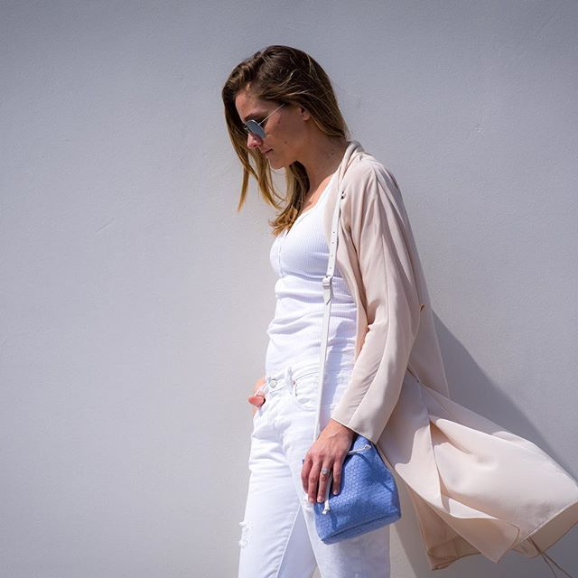 Happy hump day! Getting through the rest of the week with our Colonia Mini Crossbody in NEW color Blue hydrangea  #crossbody #bucketbag #suede #drawstringbag #bluehydrangea #humpday #wednesday