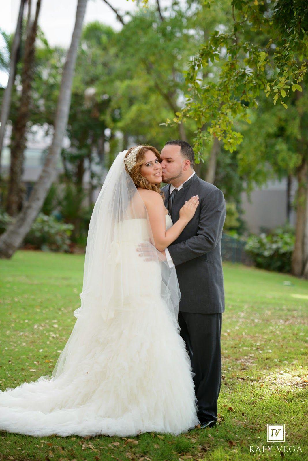Rafy Vega Photography Fotografo De Bodas Wedding Photographer Ponce Puerto Rico Boda En Costa Caribe Golf Cou Wedding Portrait Portrait Photographers