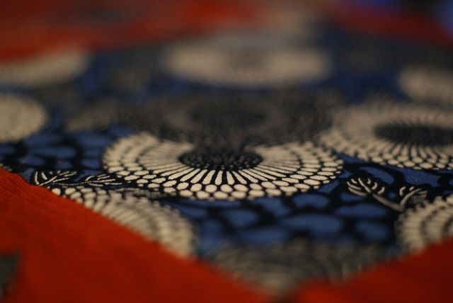 Japanese wrapping cloth / Furoshiki (風呂敷) by mistymoon *R, via Flickr
