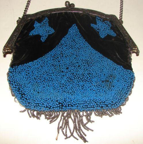 Vintage-Art-Deco-Black-Velvet-amp-Blue-Beaded-Star-Design-Clutch-Purse