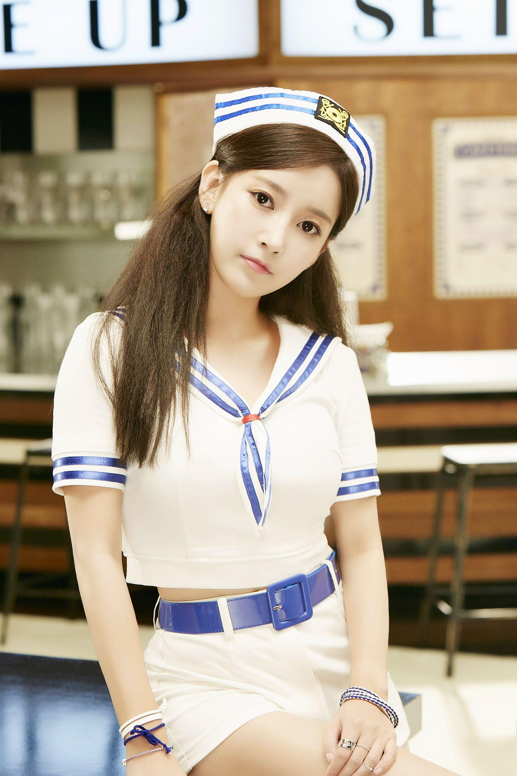 T-ara Soyeon So Crazy (완전 미쳤네) Photos