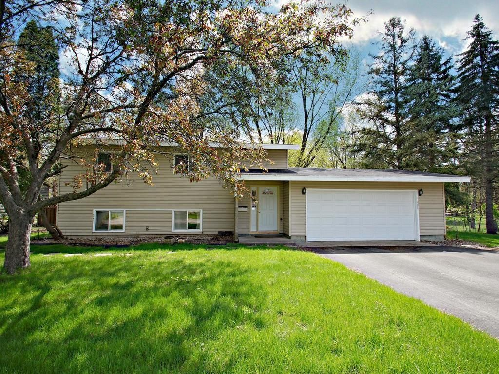 1611 W 86th St, Bloomington, MN 55431. 3 bed, 1.5 bath, $219,900. Incredible opportuni...