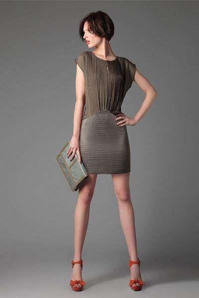 Vestidos cortos baratos para ir a una boda