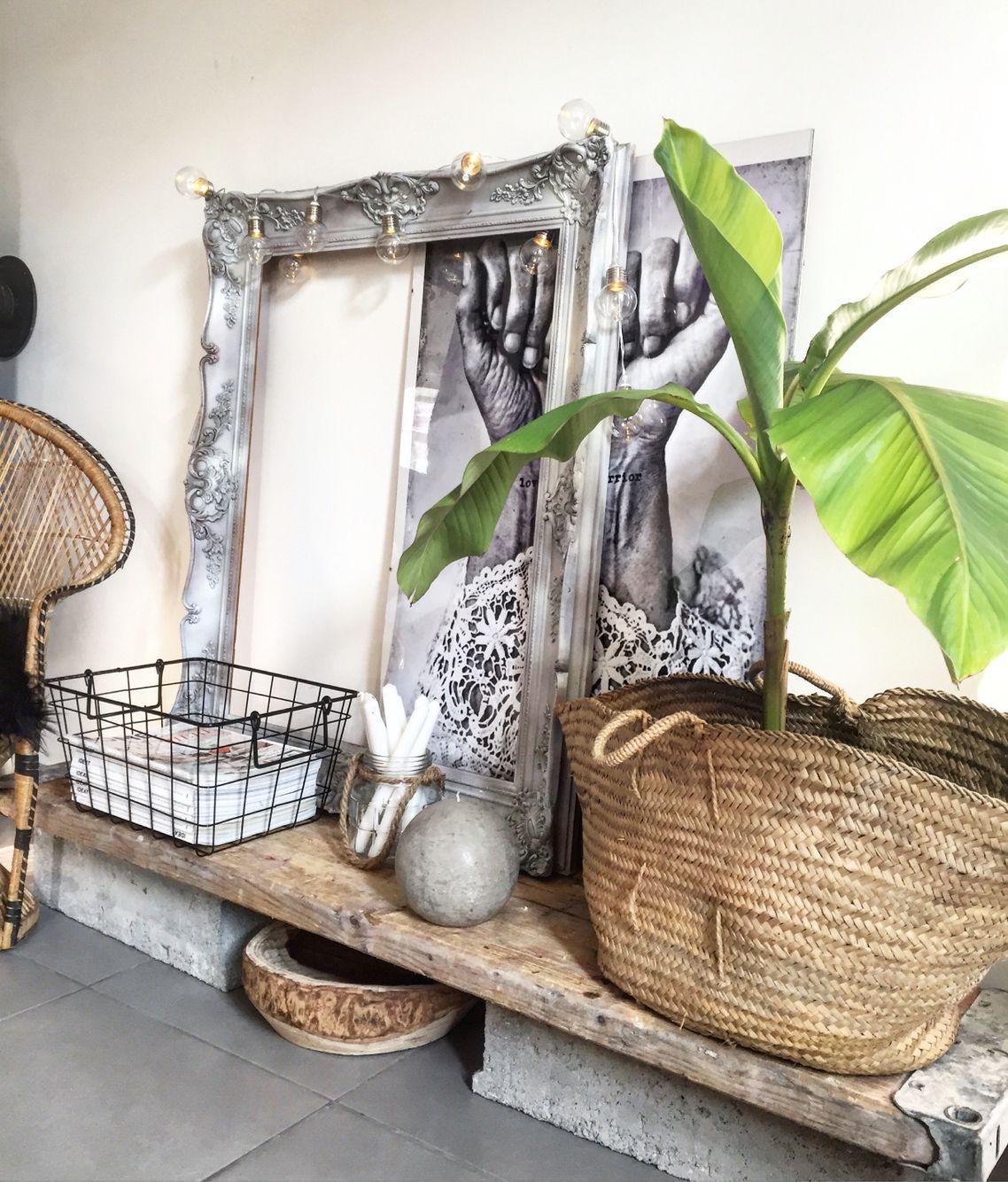 Inspiration Balinaise avec bois brut, panier et rotin Sans
