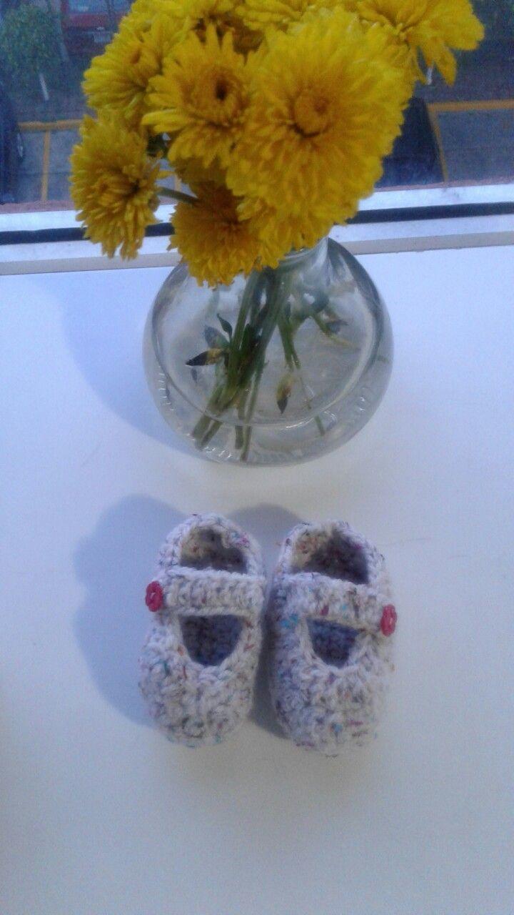 zapatitos para bebés a crochet