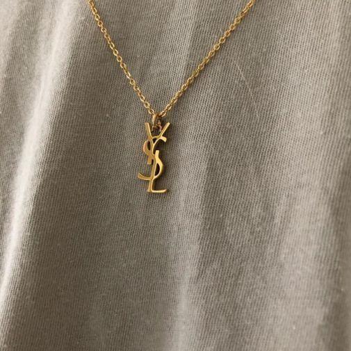 #en #custom #necklace #instagram #necklacevsco – Collar –