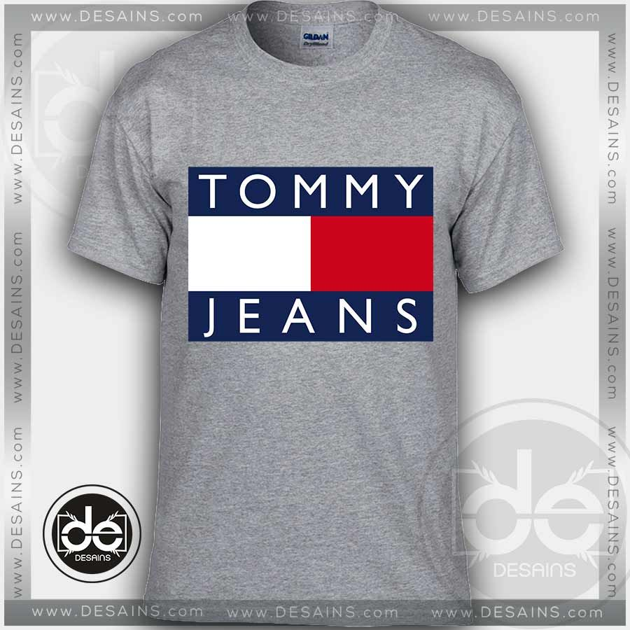 f185268a5 Tommy Logo T Shirt Mens