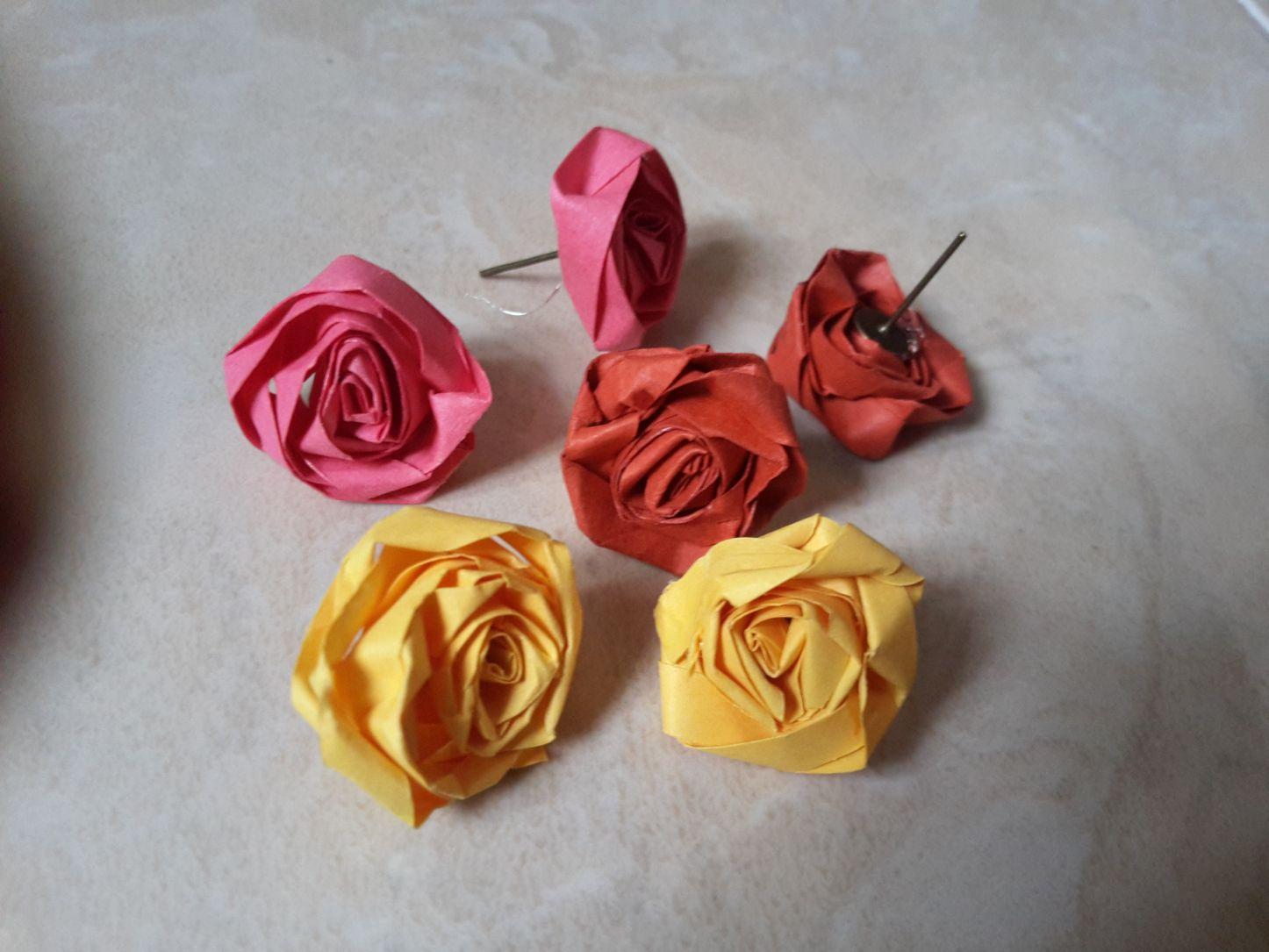 How To Make Easy Rose Flower Earrings Easy Crafts Pinterest
