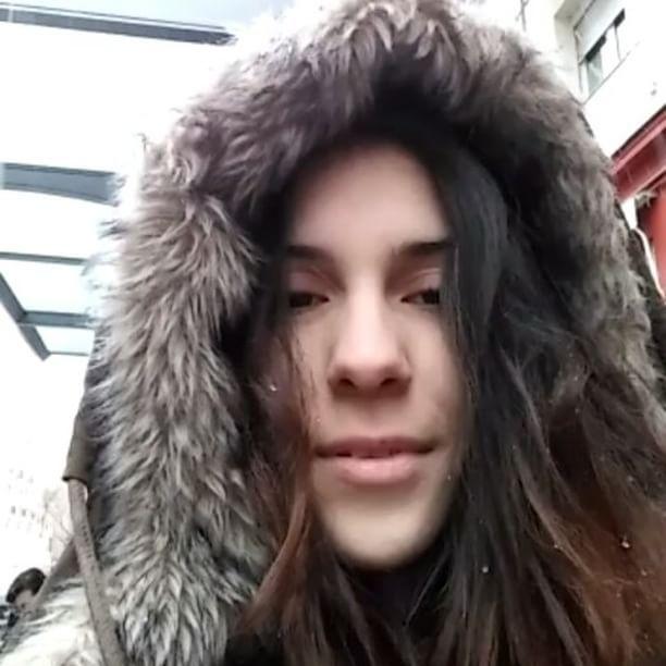 Haciendo el tonto bajo la nieve 😂😂😂 #nieve #nievemadrid #madrid #madridmolamogollon #madridtieneencanto #snow #primavera #invierno #instagood #meencanta