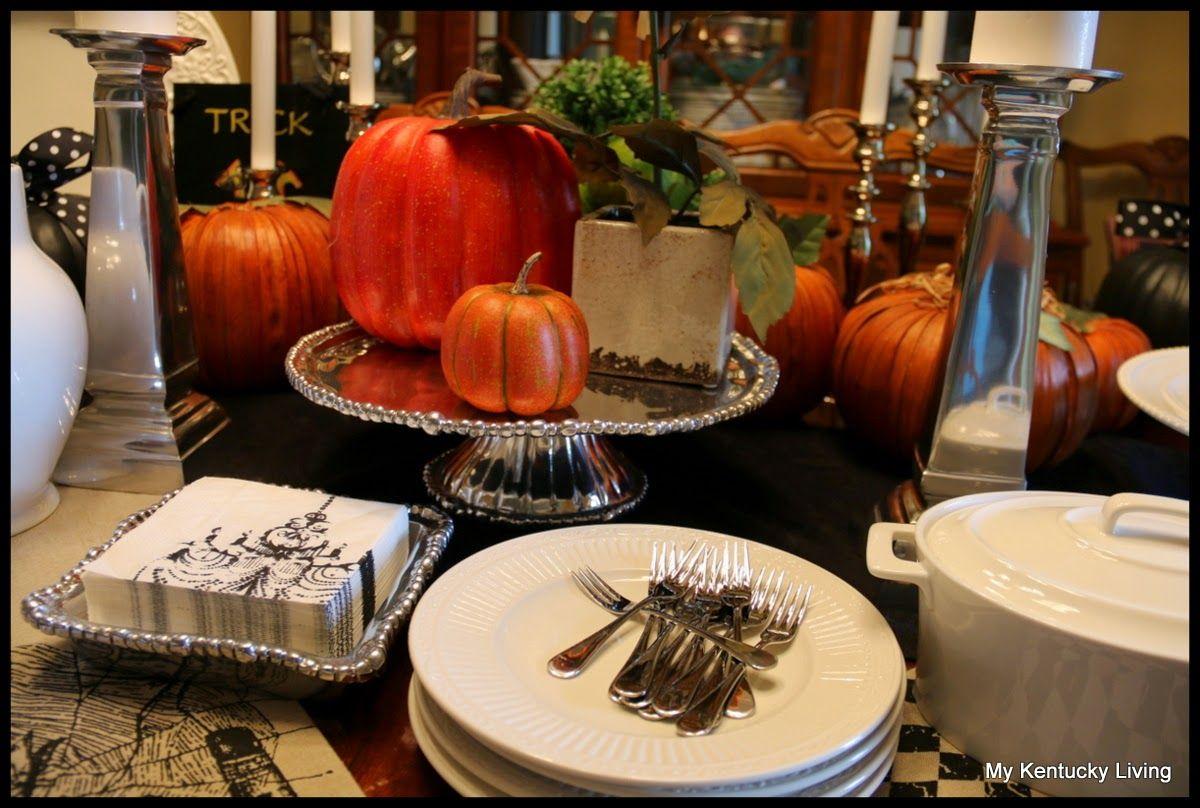 Halloween buffet table - Halloween Buffet