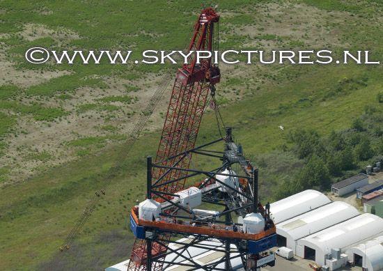 Werken op hoog niveau, De poten van de Rowan Viking worden verlengd met 10 meter bij Damen shipyards