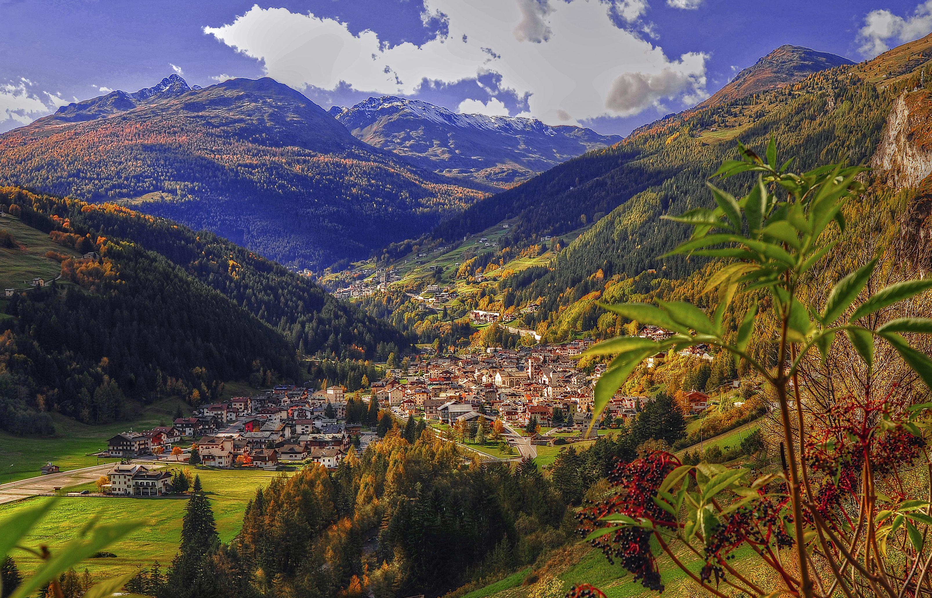 Perfect view of Valdidentro. #landscape #picturesque #sun  #Valdidentro #nature