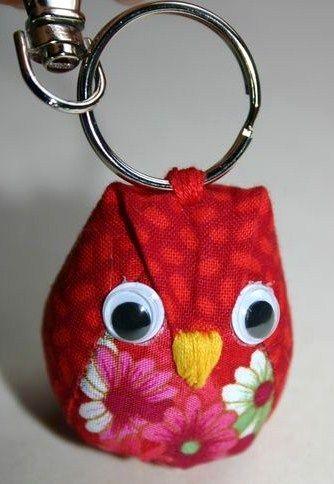 tutoriels porte clefs en tissu | porte clefs couture | pinterest
