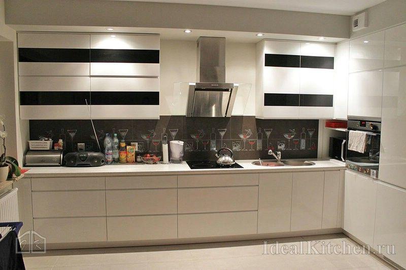Черно-белые кухни: 101 фото в интерьере, лучшие идеи ...