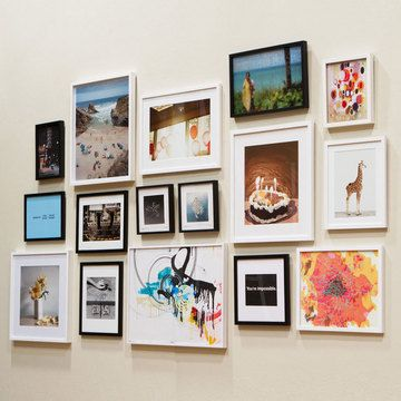 Love The Mix Of Black And White Frames In Different Sizes