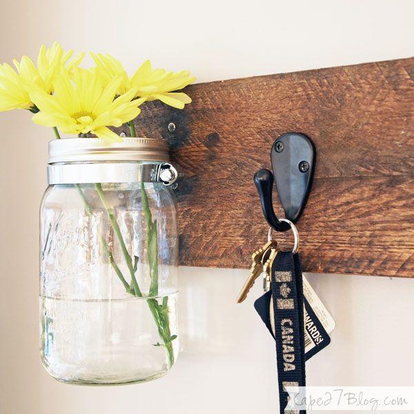 DIY Mason Jar Vase & Key Hooks #vaseideen