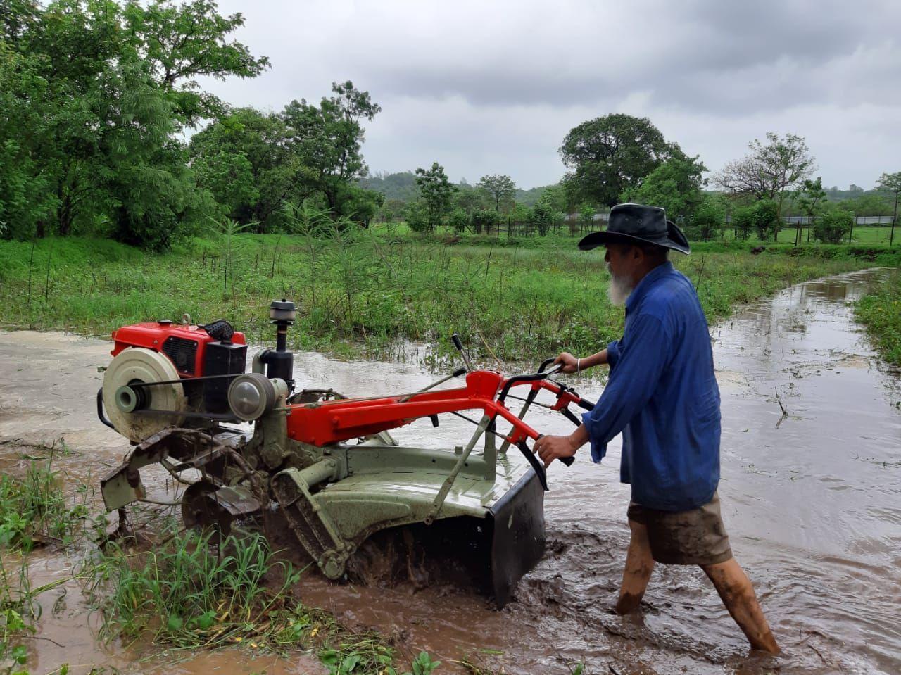 Maharashtra Farmer Grows 180+ Varieties of Food Through