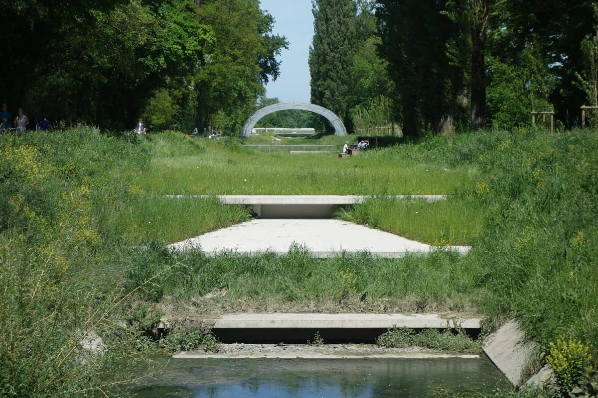 Renaturation of the River Aire, Geneva « Landscape Architecture Works | Landezine