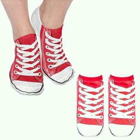 converse bajas con calcetines