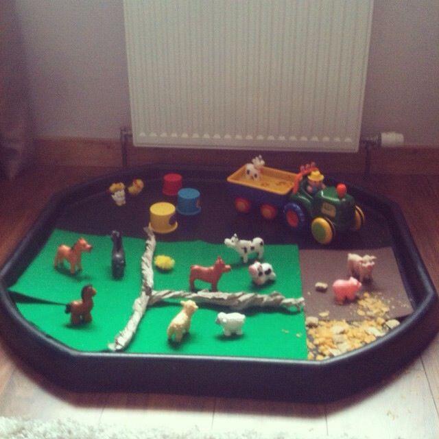Farm small world tuff tray