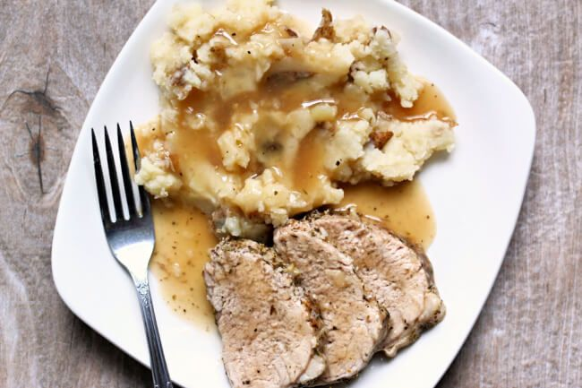 Instant Pot Garlic Pork Tenderloin and Mashed Potatoes - 365 Days of Slow Cooking and Pressure Cooking #instantpotmashedpotatoes