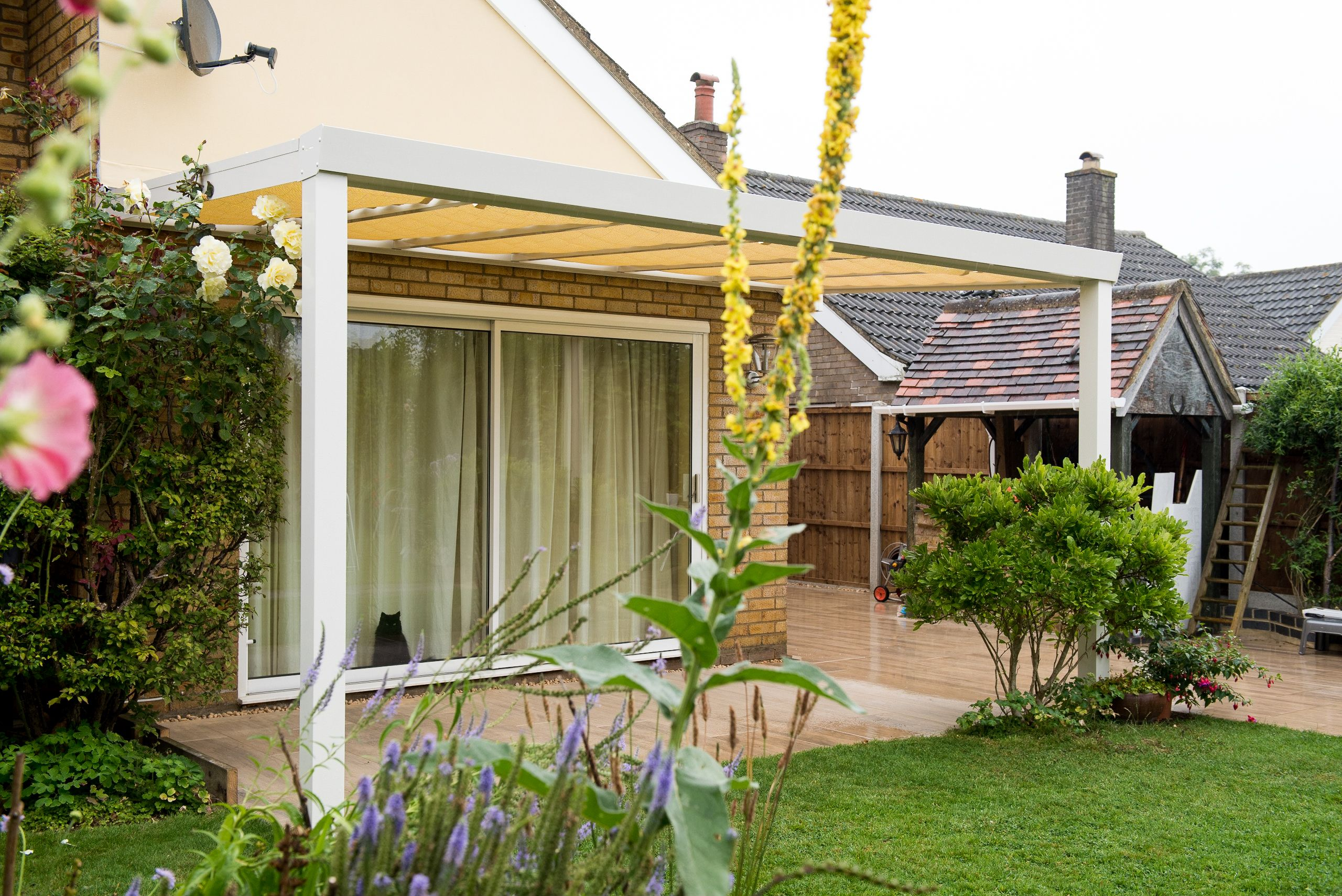 This Cream Veranda Blends Perfectly Into Its Surroundings And The Integrated  Blind Helps Provide Protection From