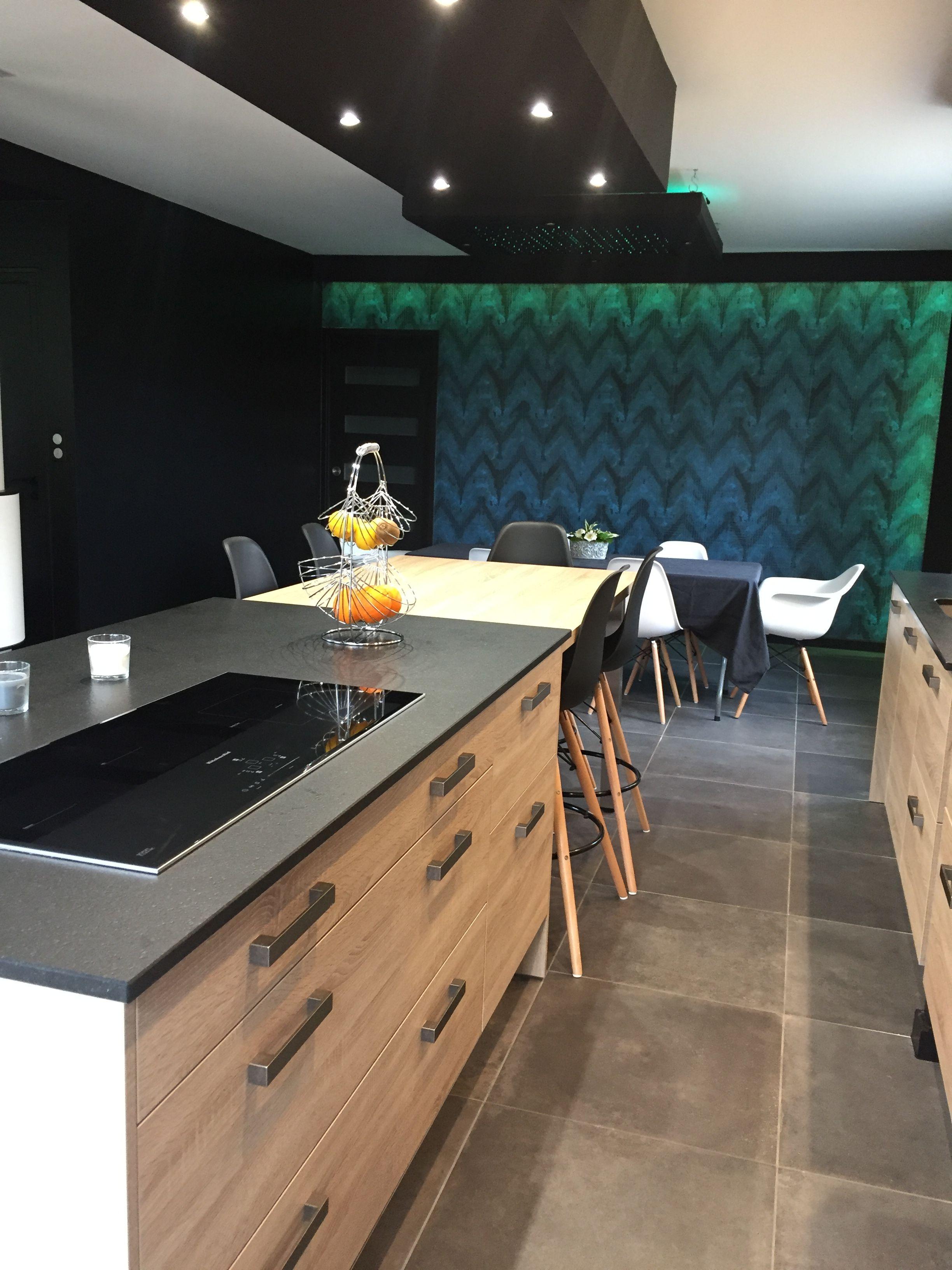 Laval Arthur Bonnet Magasin De Cuisines Cuisines Equipees En 2020 Cuisine Contemporaine Cuisines Maison Et Mobilier De Salon