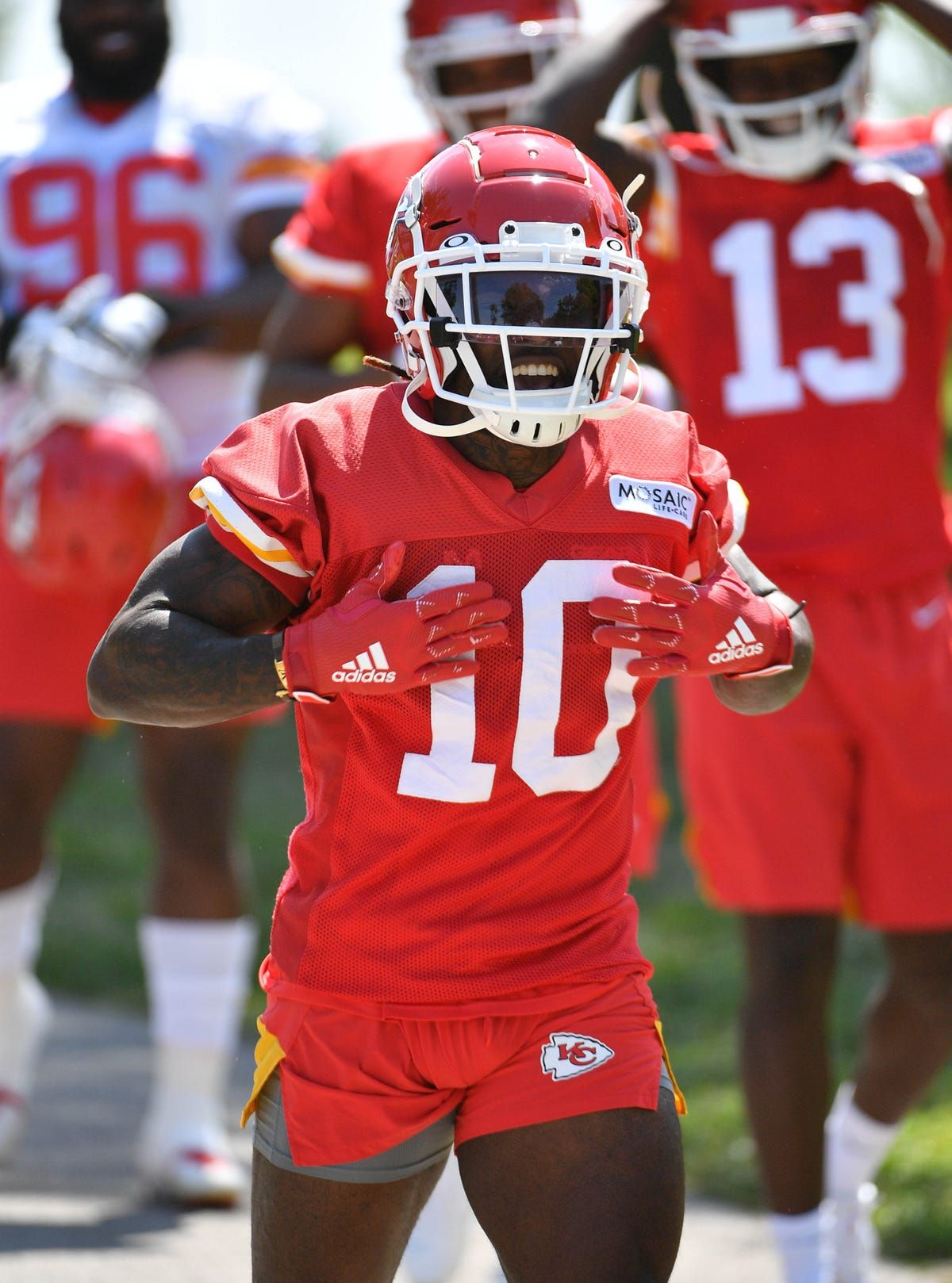 Nfl Tyreek Hill Chiefs Agree To Three Year 54 Million is