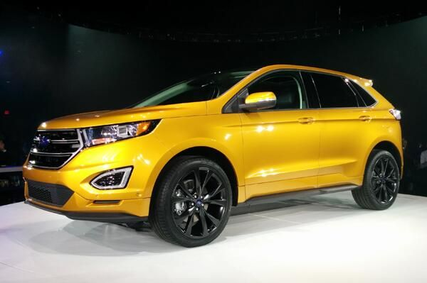 Gold Colour 2015 Ford Edge Crossover Suv Ford Edge Ford Suv