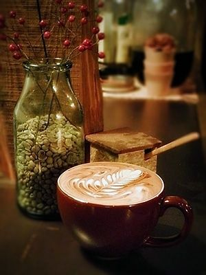 tab - 書籍『コーヒーピープル』で紹介された女性焙煎人が古い蔵を改装してオープン「CAFE SORTE」