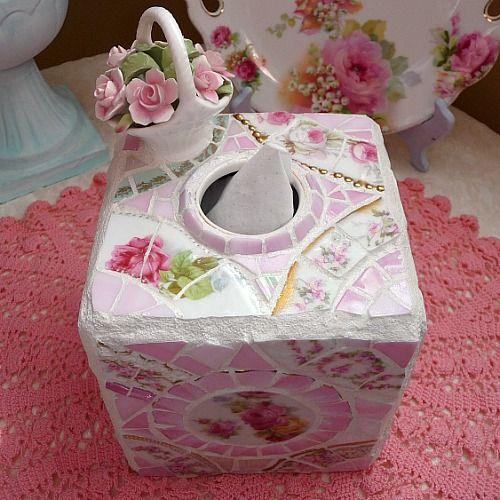 Mosaic tissue box holder from Shabbyfufu,com