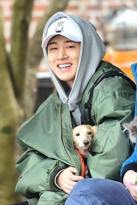 he loves dogs I love dogs we should love each other :3