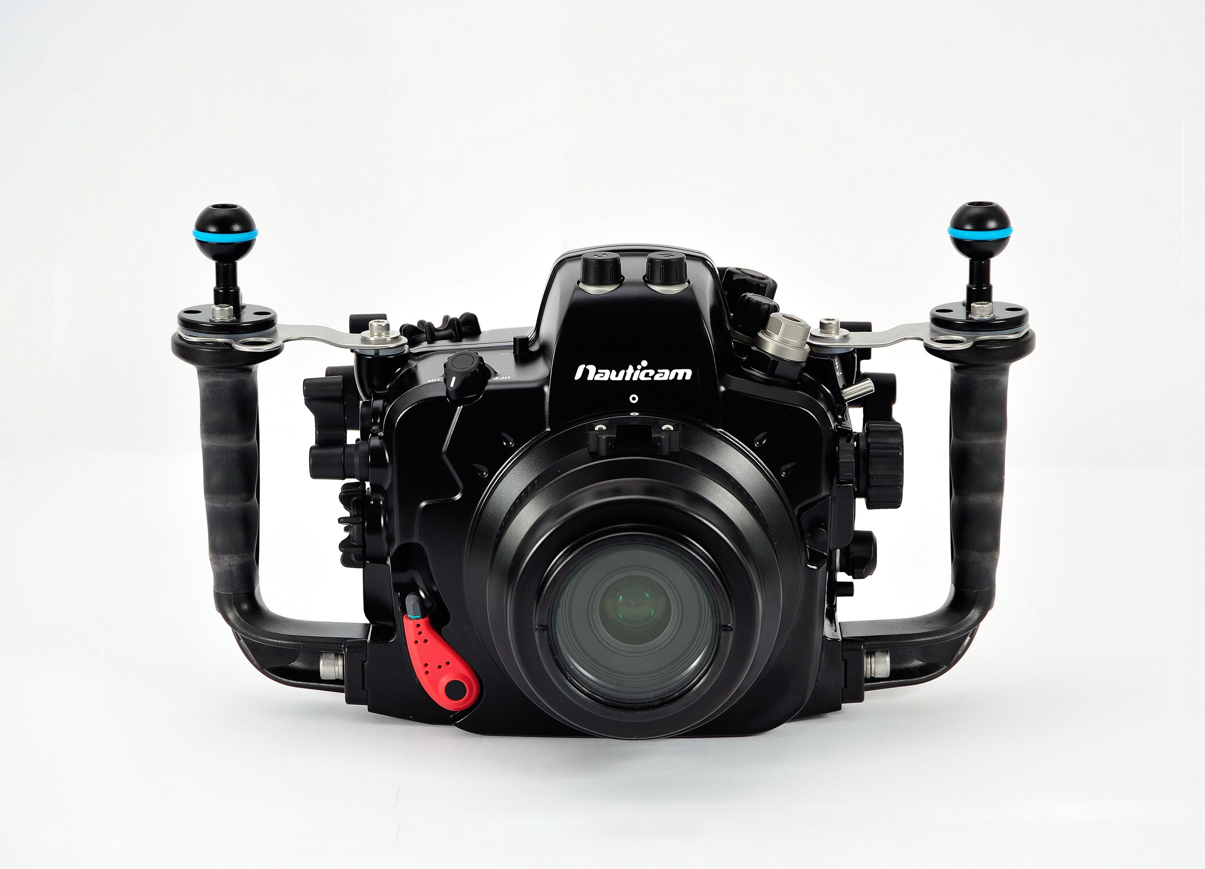 фототехника для подводной съемки поводу без