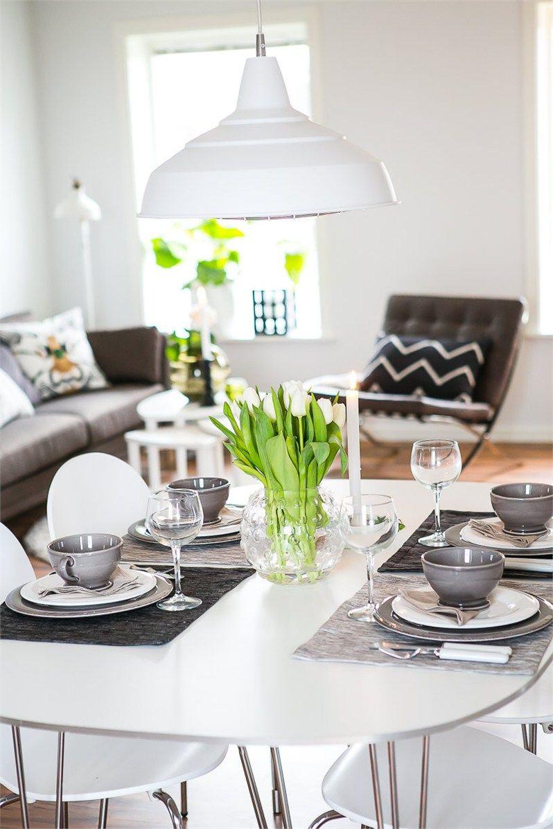 Andreevägen 68B, Vättersnäs, Jönköping - Via Fastighetsbyrån. Styling: Åsa Andreasson @kreativakvadrat Foto: Robert Larsson